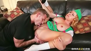 Short-haired MILF fucks like crazy