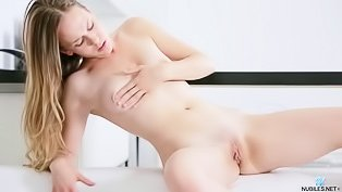 Horny hottie masturbating