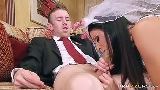 MILF getaway: old/young porn video