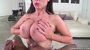 Curvy brunette ruined by a BBC
